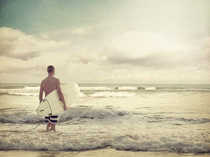 Surfing in Sri Lanka